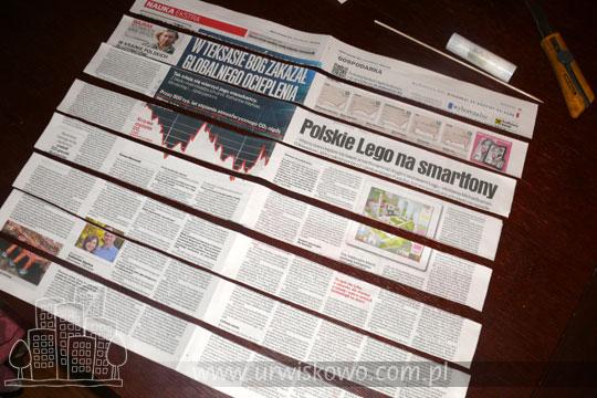 gazeta pocięta w paski