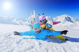 Gdzie wyjechać na ferie zimowe? 4 propozycji na wyjazd z dzieckiem!